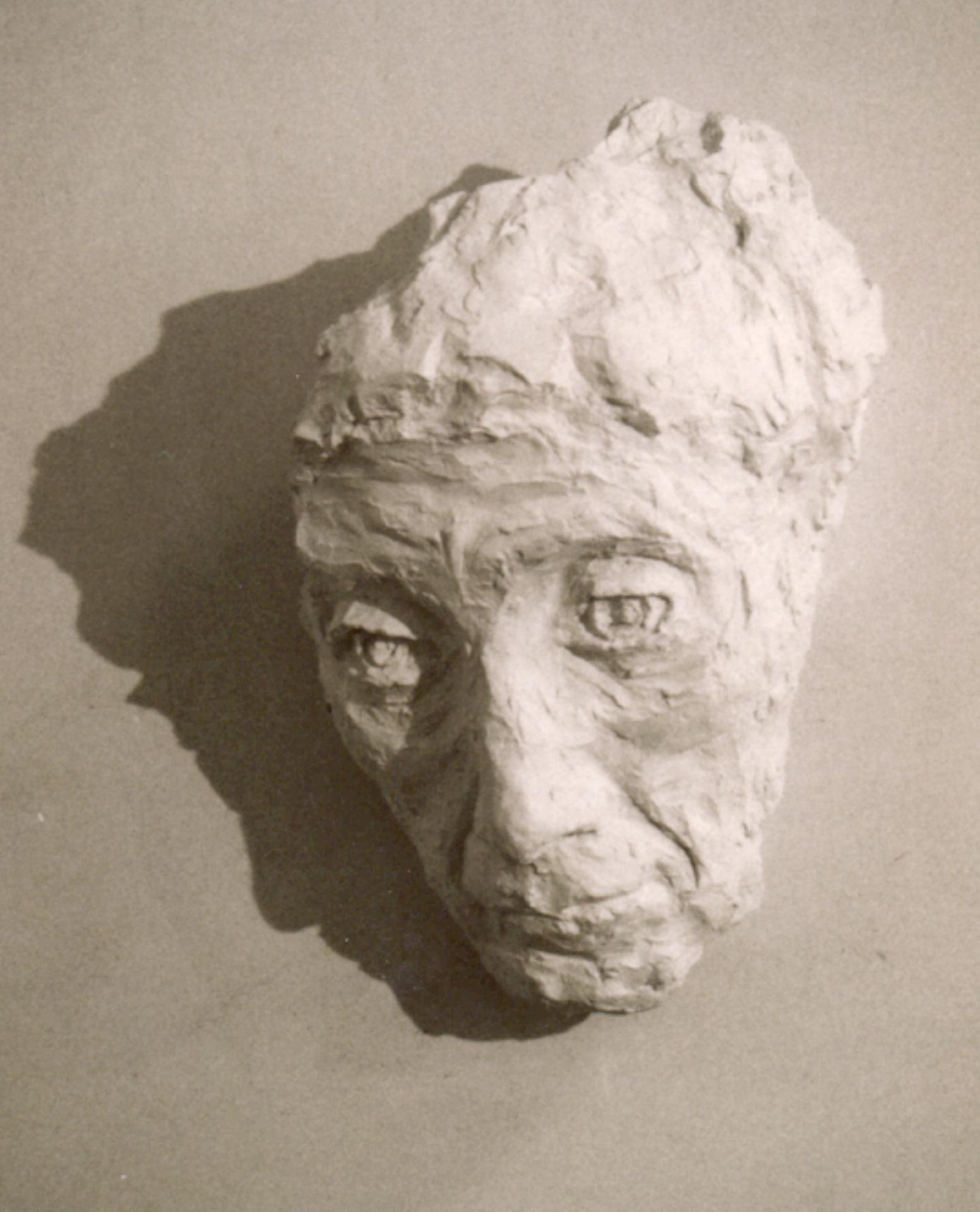 Vieille-Femme-Platre-H32cm-P16cm